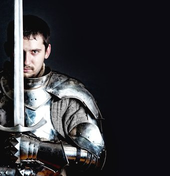 Glistening Knight holding two-handed sword